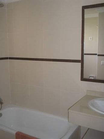 Photo 3 - Playa Limones Apartments