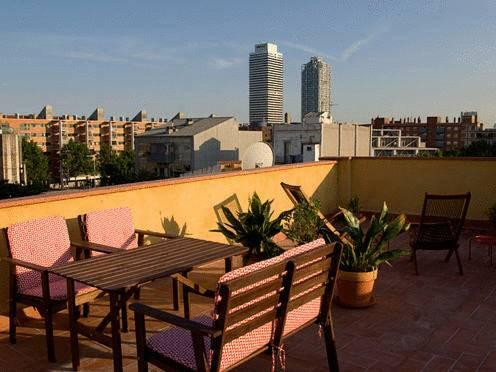 Photo 1 - Bed and Beach Guesthouse Barcelona