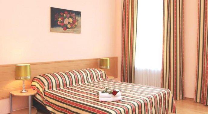 Photo 3 - Hotel Am Stuttgarter Eck
