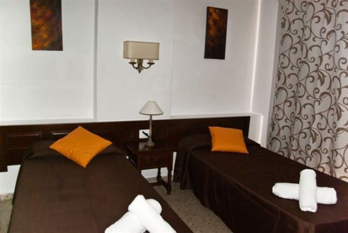 Photo 3 - Apartamentos Mestret