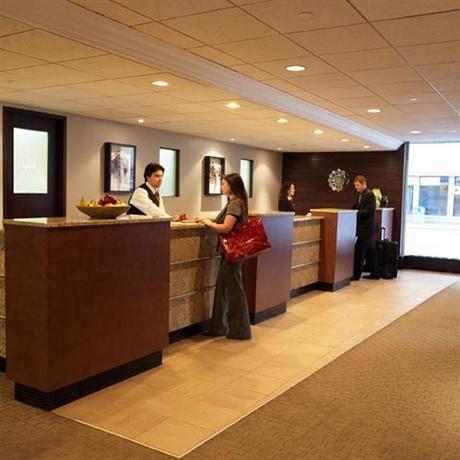 Photo 2 - Place Louis Riel Suite Hotel