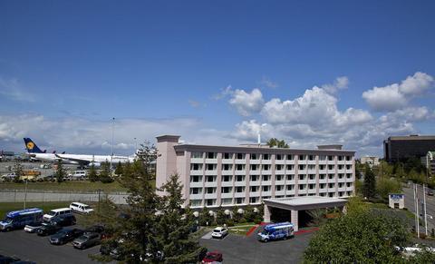 Photo 2 - Coast Gateway Hotel SeaTac