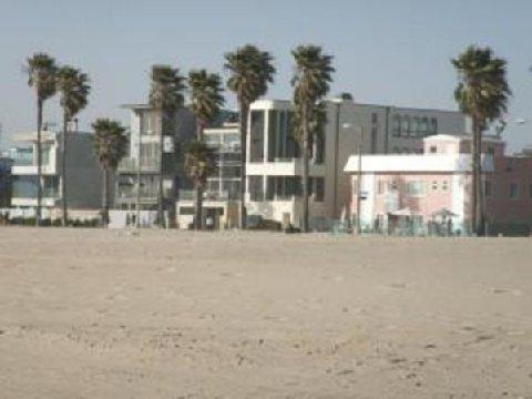Photo 3 - Venice On The Beach Hotel