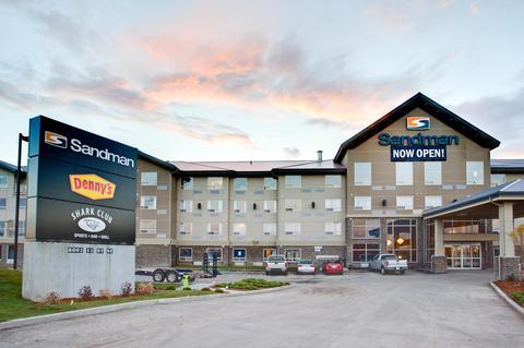 Photo 2 - Sandman Hotel & Suites Calgary South