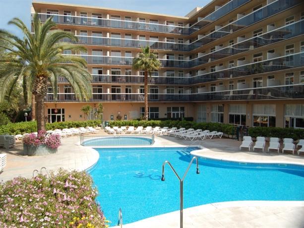 Photo 1 - Aparthotel CYE Holiday Centre