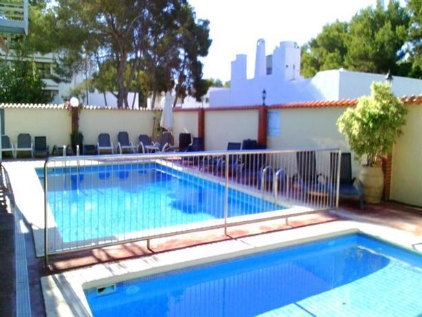 Photo 2 - El Cortijo Apartamentos Ibiza