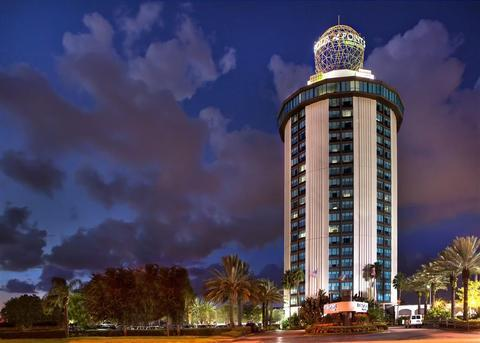 Photo 2 - Four Points by Sheraton Studio City Hotel