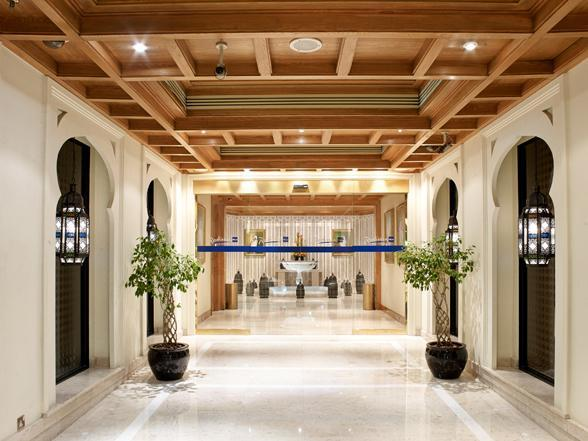 Photo 1 - Radisson Blu Hotel Dubai Deira Creek