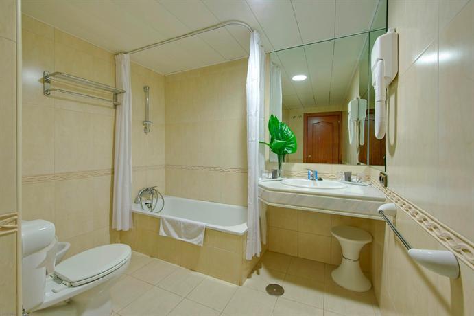 Photo 1 - Hotel Alixares