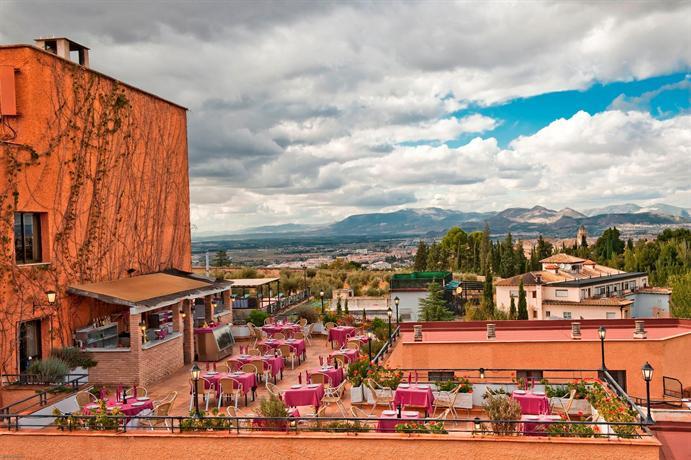 Photo 2 - Hotel Alixares