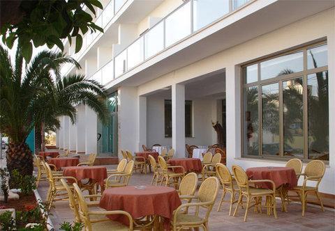 Photo 2 - Hotel Puchet