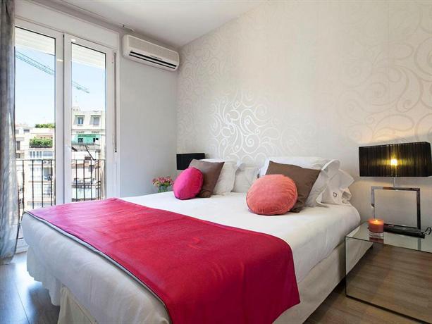 Photo 2 - Grandom Suites Apartments Barcelona