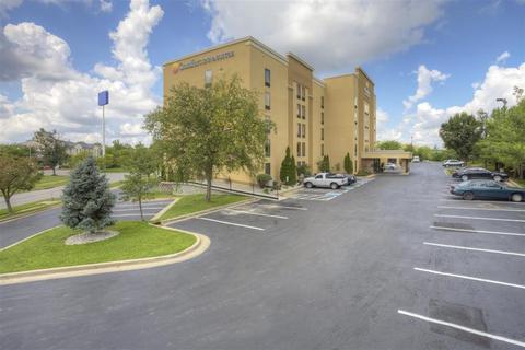Photo 3 - Comfort Inn & Suites Lexington