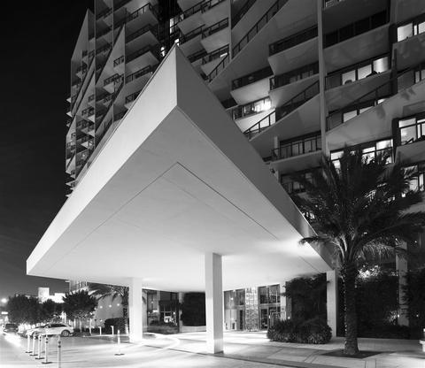 Photo 3 - W South Beach