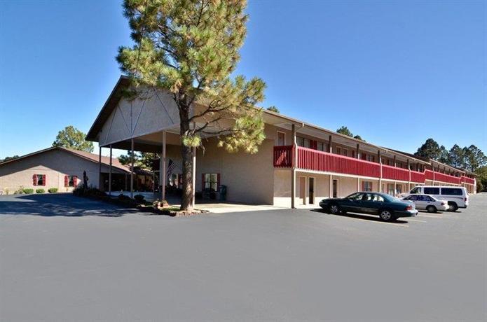 Photo 1 - BEST WESTERN Pine Springs Inn