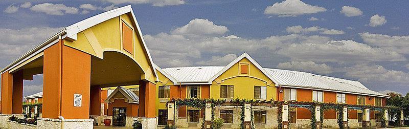 Photo 1 - BEST WESTERN Posada Ana Inn-Airport