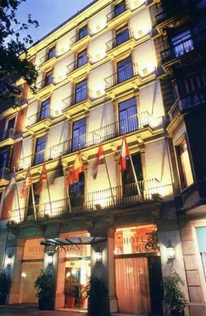 Photo 1 - Caledonian Hotel