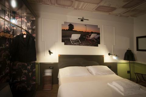 Photo 2 - Ambra Palace Hotel