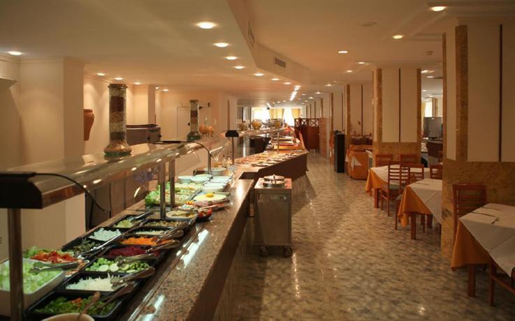 Photo 3 - Azuline Hotel Coral Beach