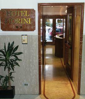 Photo 2 - Fiorini Hotel