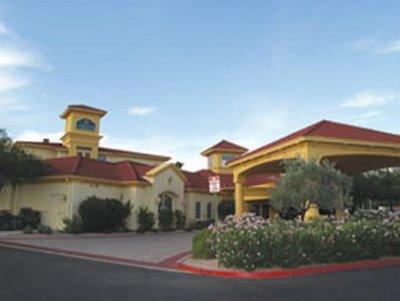 Photo 1 - La Quinta Inn & Suites Scottsdale Phoenix