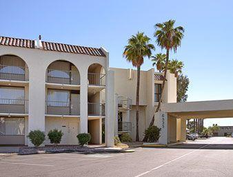 Photo 2 - Travelodge Scottsdale AZ