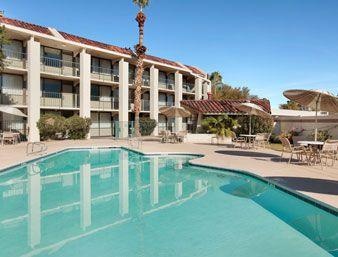 Photo 3 - Travelodge Scottsdale AZ