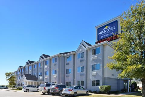 Photo 1 - Microtel Inn and Suites Dallas Fort Worth
