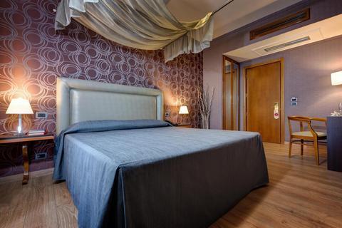 Photo 2 - Hotel Selene Roma
