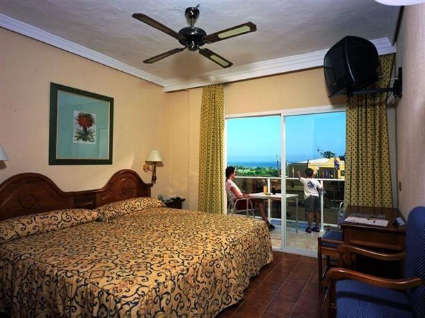 Photo 2 - Diverhotel Marbella