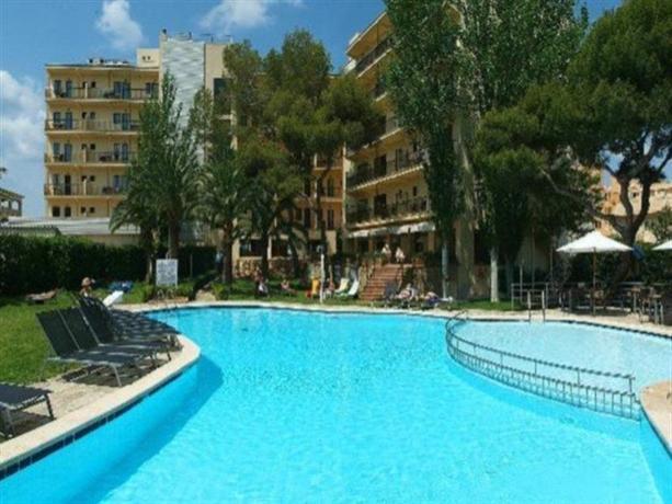 Photo 3 - Aya Hotel
