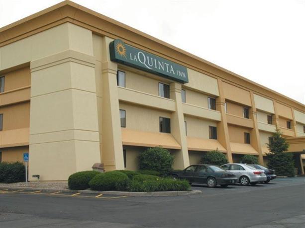 Photo 1 - La Quinta Inn Indianapolis Airport Executive Drive