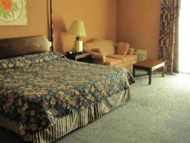 Photo 2 - Channel Inn Washington D.C.