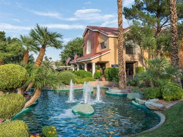 Photo 1 - Westgate Flamingo Bay at Las Vegas