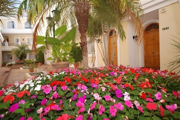 Photo 1 - Aloha Gardens