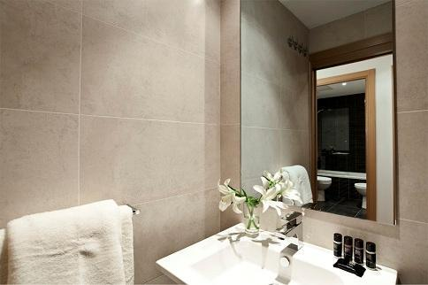Photo 2 - Aspasios Arago Executive Apartments