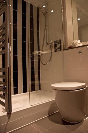 Photo 3 - BEST WESTERN Mornington Hotel