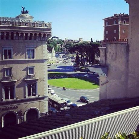 Photo 2 - Hotel Piazza Venezia Roma