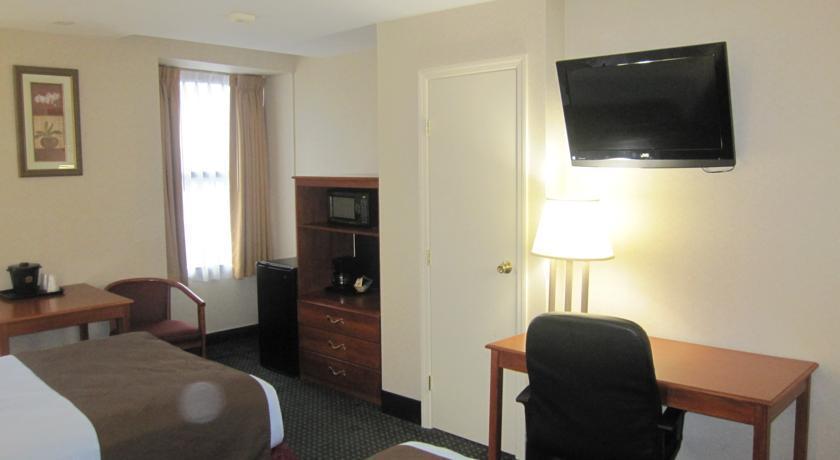 Photo 2 - City View Inn