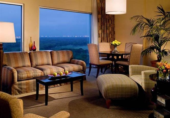 Photo 3 - Marriott Hotel & Golf Club at Champions Circle