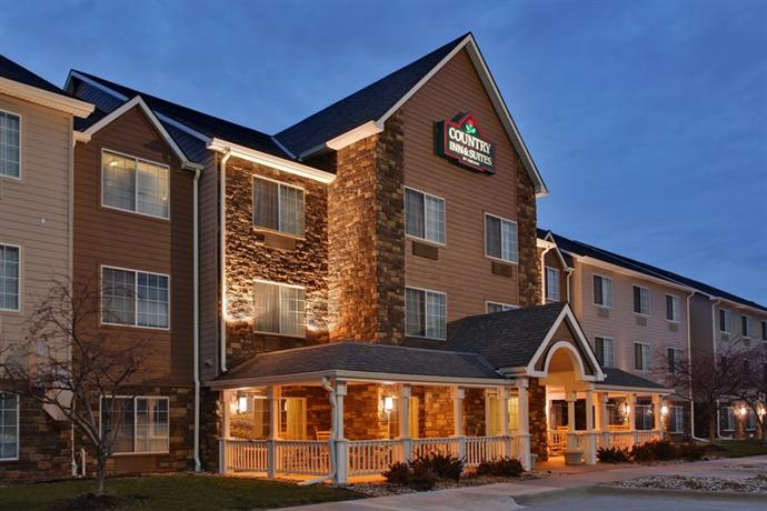 Photo 1 - Country Inn & Suites Omaha Airport Carter Lake