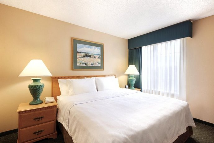 Photo 1 - Homewood Suites by Hilton Greensboro Airport