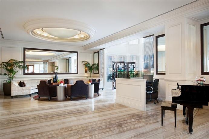 Photo 3 - Bristol Hotel San Diego