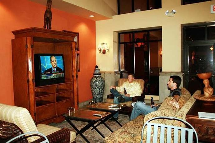 Photo 2 - Hampton Inn and Suites Tucson-Mall