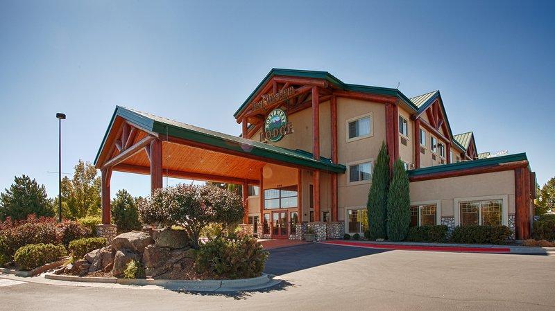 Photo 1 - BEST WESTERN Plus Northwest Lodge