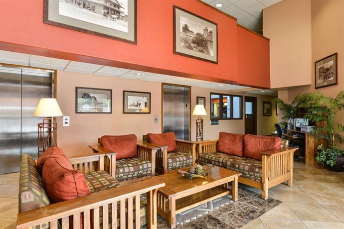 Photo 3 - Best Western Inn of Tempe