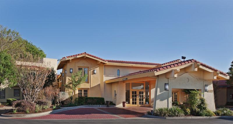 Photo 1 - La Quinta Inn Austin Oltorf