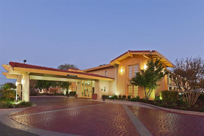 Photo 3 - La Quinta Inn Austin Oltorf