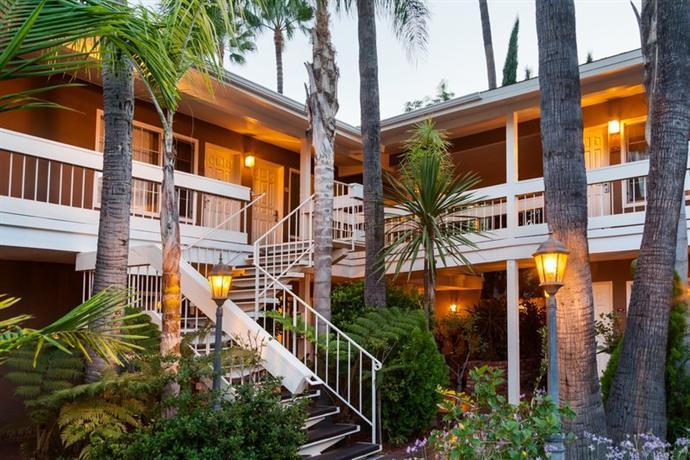 Photo 2 - Best Western Carriage Inn Los Angeles