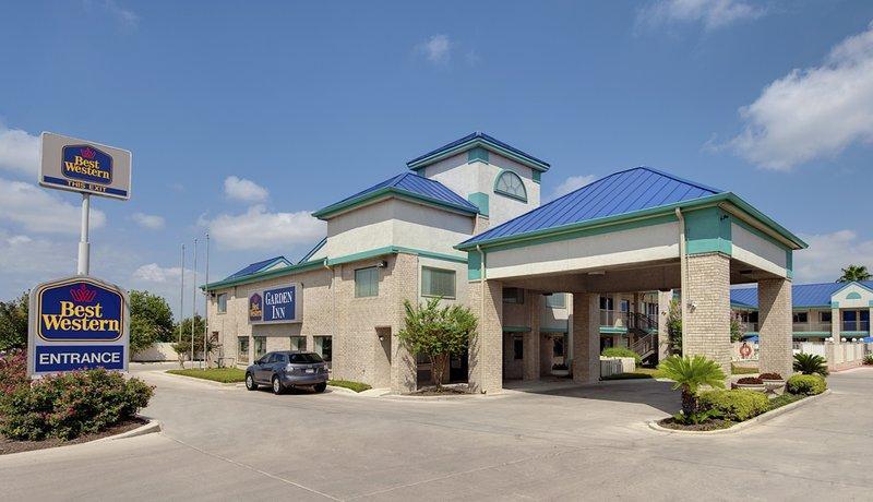 Photo 1 - Best Western Garden Inn San Antonio